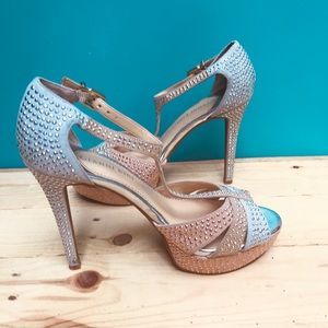 Gianni Bini high fashion heels 👠💋